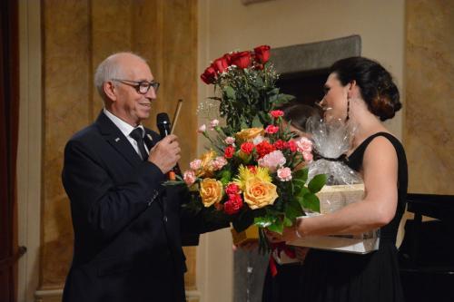 Gratulacje i kwiaty, kwiaty!
