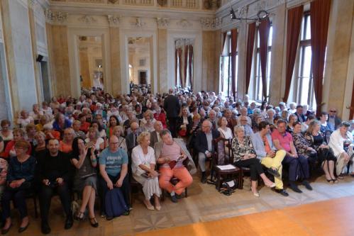 Tłumnie wypełniona widownia Auli Florianka