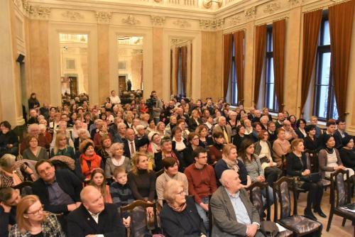 Szczelnie wypełniona Aula Florianka 10 lutego .