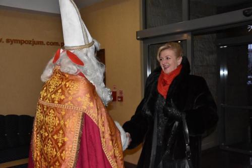 św. Mikołaj wita już w drzwiach