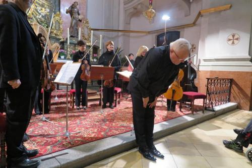 Wielkie brawa dla Szefa muzycznego koncertu - Piotra Gładkiego