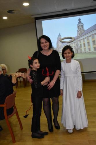 Aneta Kamińska z córeczkami