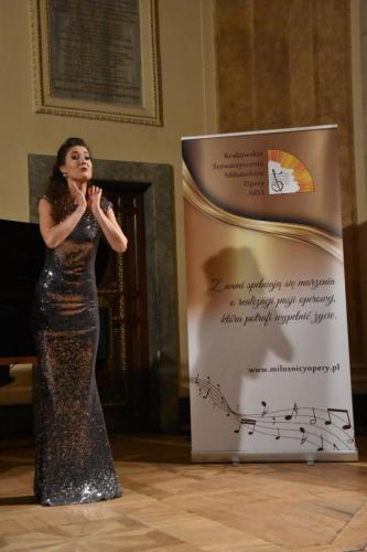 Hanna Okońska na scenie Florianki