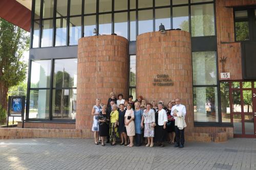 Grupa ARIA przed Operą Bałtycką